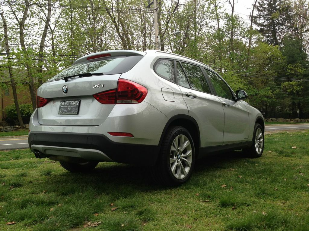 Review 2013 Bmw X1 Xdrive 2 8i The Autocracy
