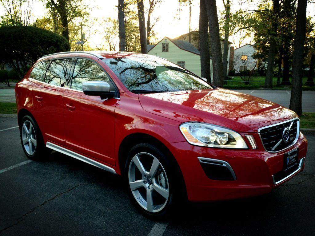 review 2013 volvo xc60 r design the autocracy. Black Bedroom Furniture Sets. Home Design Ideas