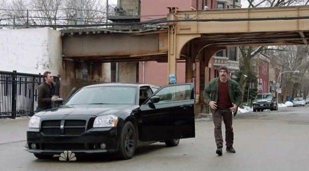 Det. Olinsky's 2005 Dodge Magnum